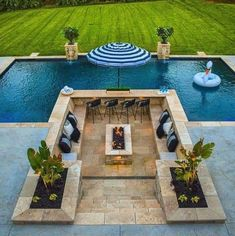 Backyard Pool Landscaping, Backyard Patio Designs, Swimming Pools Backyard, Big Pools, Luxury Swimming Pools, Small Backyard Pools, Small Pools, Swimming Pool Designs, Dream Pools