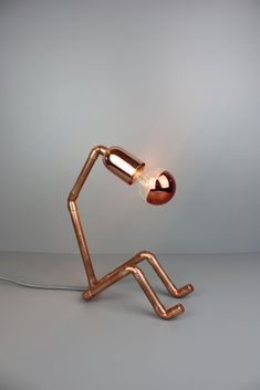 Lampe NF-123 Pipe Lighting, Copper Lighting, Design Crafts, Diy Design, Diy Luminaire, Shower Plumbing, Copper Crafts, Pvc Pipe Projects, Copper Lamps