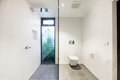 Galeria de Casa Middle Park / Mitsuori Architects - 7