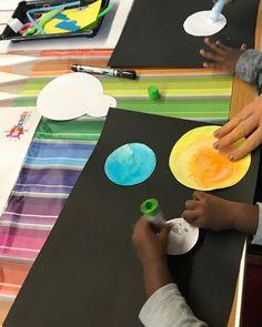 Space and Alien Week! Spaceships, astronauts, planets and more, there's a whole world for us to explore!  W: www.artzania.co.uk FB/ Instagram/ Hoop app  Artzania...nurturing curiosity, creativity & imagination! #artzaniauk #artclass #artandcrafts #motherandtoddler #learnthroughplay #kidsactivity #fun #learn Diy And Crafts, Arts And Crafts, Learning Through Play, Astronauts, Spaceships, Curiosity, Imagination, Planets, Hoop