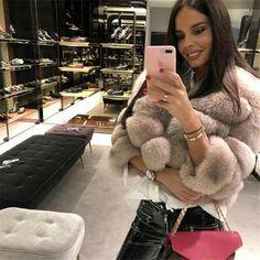 👑Audrey👑 in our shop ➡ - - Handmade fox fur coat - Color Fox Fur Jacket, Fox Fur Coat, Fur Fashion, Winter Fashion, Womens Fashion, Fashion Outfits, Chinchilla, Cute Christmas Outfits, Christmas Sweaters