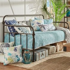 Plush Teen girl bedrooms concept, room decor summary ref 9435073896 Blue Teen Girl Bedroom, Teen Girl Bedrooms, Girl Room, Spare Bed, Spare Room, Bedroom Furniture, Bedroom Decor, Wood Bedroom, White Furniture