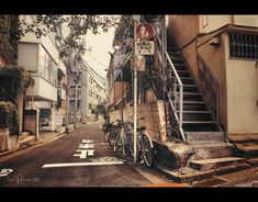Side alley in Tokyo by Tomi Pajunen Asian Architecture, Miss Fortune, City Streets, Tokyo Japan, Cool Photos, Scenery, Around The Worlds, Japanese, Urban