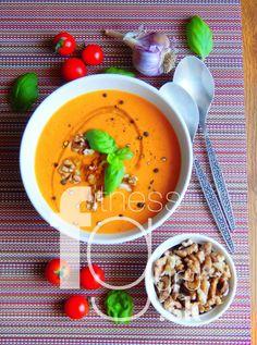 Cícerovo-paradajková polievka Gazpacho, Tahini, Cheeseburger Chowder, Soup, Pudding, Tasty, Lunch, Desserts, Recipes