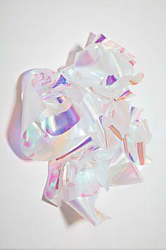Elepo, iridescent satined acrylic glass sculpture by Berta Fischer Glitch, Art Blog, Art Inspo, Color Inspiration, Design Art, Pink Design, Graphic Design, Contemporary Art, Art Photography