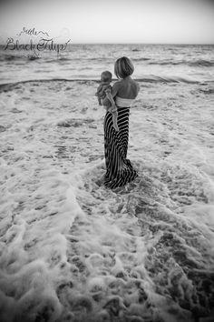 1 year old photo session. Beach photoshoot. Family photos