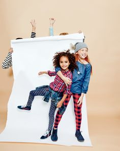 Our famous crewcuts cozy leggings in winter-weight cotton she'll love (plus, cool prints she'll really love), perfect for sitting in class, jumping rope at recess or just striking a pose. 3d