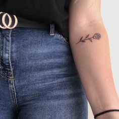 tattoos for women small Bff Tattoos, Mini Tattoos, Dainty Tattoos, Cute Tattoos, Tatoos, Forearm Flower Tattoo, Small Forearm Tattoos, Forearm Sleeve Tattoos, Flower Tattoos