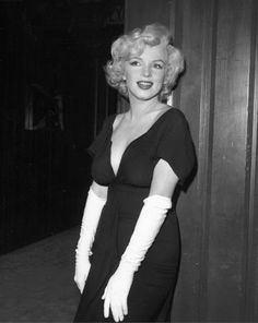 """Marilyn Monroe at the """"Some Like It Hot"""" press party, 1958"""