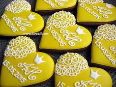 @kozuli_com Wedding cookies. Piping Lace Cookies. Cookie decorating  with royal ising. Royal icing cookies. Decorated cookies. More cookies ideas and video tutorials at www.kozuli.com / Видео мастер-классы по росписи пряников на www.kozuli.com
