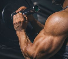 Get+That+Giant+Ball+Between+Your+Biceps+and+Triceps