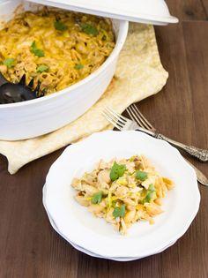 Skinny Chicken Mac and Cheese Casserole
