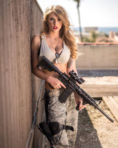 Girl with a Weapon college nude clips tits Military girl . Women in the military . Women with guns . Girls with weapons Elfa, Military Girl, Female Soldier, Army Soldier, Military Women, Us Marines, Madame, Hot Girls, Beautiful Women