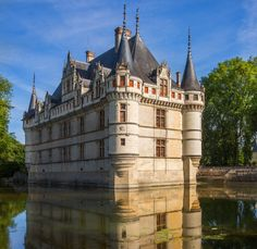 French Castles and Loire Valley Châteaus to Visit Photos | Architectural Digest