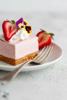 No Bake Strawberry Cheesecake Recipe - This easy cheesecake recipe filling is made in a blender and tastes like homemade strawberry ice cream. So addictive!