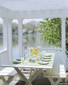 Entertain outside and on the lake.