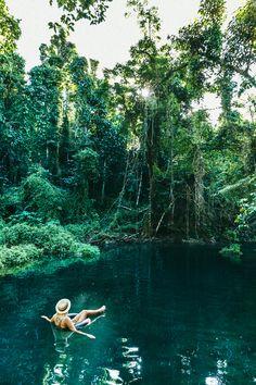 Blue Hole Espiritu Santo, Vanuatu Photo: Melissa Findley ISLAND SPIRIT