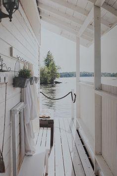 Järvien kesäkodit kirja