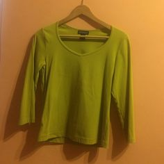 Olive Green V-Neck Small v-neck quarter sleeved top Ann Taylor Tops Tees - Long Sleeve