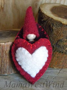 Valentine Gnome, Heart Pouch Pal, Valentine's Day, Small Gnome Peg Doll, Girl, red, maroon, antique white, wool, wood, eco toy