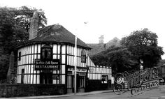 Ye Olde Toll House, Willenhall Wille, Toll House, Walsall, Wolverhampton, West Midlands, The Old Days, My Town, Great Britain, Birmingham