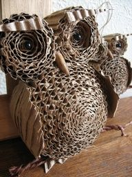 Recycle Reuse Renew Mother Earth Projects: How to make Corrugated Cardboard Owl from http://recycledawblog.blogspot.com/2013/01/how-to-make-corrugated-cardboard-owl.html