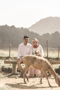 Prewedding Indonesia Prewedding Hijab, Prewedding Photo, Prewedding Outdoor, Pre Wedding Poses, Pre Wedding Photoshoot, Wedding Goals, Dream Wedding, Engagement Decorations, Wedding Memorial