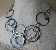 Heidi Janssen. Collier titanium en zilver