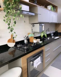 39 Excellent Kitchen Design Ideas That Are Actually Useful Kitchen Room Design, Interior Design Kitchen, Kitchen Decor, Modern Kitchen Interiors, Small Space Interior Design, Pantry Design, Küchen Design, Beautiful Kitchens, Home Kitchens