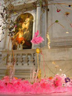 Gerda steiner - falling garden installation Falling Garden San Staë church on the Canale Grande 50th Biennial of Venice, 2003