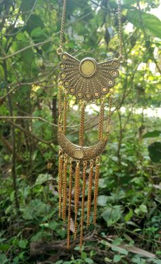 Golden designed jewelry Necklace levelled chain neckpiece