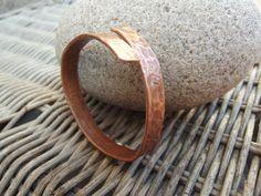 Braccialetto rame mens martellato braccialetto di silveringjewelry
