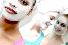 Natural face mask - healthy beauty care
