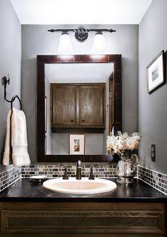 wall color. backsplash tiles.
