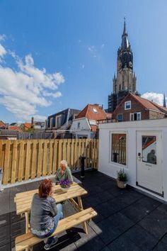 Great Ci piace la terrazza sul tetto di Hostel Delft un ostello con prezzi da