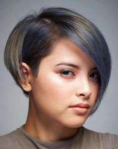 66 Chic Short Bob Hairstyles & Haircuts for Women in 2019 - Hairstyles Trends Cute Short Haircuts, Round Face Haircuts, Hairstyles For Round Faces, Short Hairstyles For Women, Hairstyles With Bangs, Pixie Haircuts, Hairstyle Ideas, Pixie Hairstyles, Chic Hairstyles