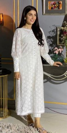 Sharara Designs, Kurti Neck Designs, Kurta Designs Women, Dress Neck Designs, Simple Pakistani Dresses, Pakistani Dress Design, Indian Fashion Dresses, Dress Indian Style, Stylish Dresses For Girls