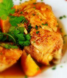 Una receta de pollo a la naranja de origen asiático con el toque del jengibre. Muy buena y fácil de hacer. Seguro que esta receta de pollo gusta a toda la familia Tandoori Chicken, Poultry, Baked Potato, Casserole, Food And Drink, Turkey, Meat, Baking, Ethnic Recipes