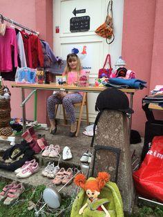 Flea market day, kirpputoripäivä Kyläkaupalla