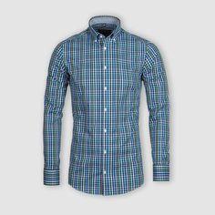 Vždy sa snažíme vyberať zaujímavé a neopozerané  látky a jednou z nich je táto kockovaná košeľa. Je vo väzbe Twill a jej jemná a hebká látka vás bude doslova rozmaznávať každý deň. Čo na ňu poviete?  #stevula #slimfit #smartcasual #dressshirt #kosele #kosile # Smart Casual, Shirt Dress, Instagram Posts, Mens Tops, Shirts, Dresses, Fashion, Vestidos, Moda