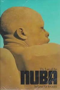 4. Libro de fotografías sobre los Nuba