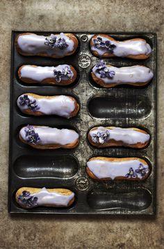 Bombas de limão e violeta | Violet and Lemon Elcairs