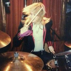 MICHAEL MONROE    Thanks to @self_awareness_truth   #michaelmonroe #hanoirocks page1 #gig from #scunthopetiffanys #drumplay for #blitzkriegbop #cover of #ramones   page2 #readingfestival in #1983 #glampunk #rocknroll andmore #early80s #dope