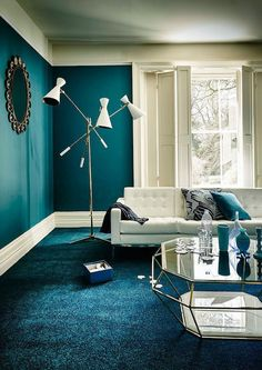 Oil blue lounge, blue duck and peacock blue Teal Living Rooms, Living Room Turquoise, Living Room Designs, Living Room Decor, Bedroom Decor, Bedroom Wall, Living Area, Blue Lounge, Table En Verre Design
