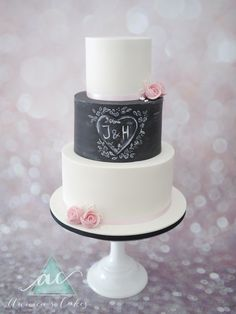 Krijtbord bruidstaart met initialen