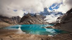 Vulcões, lagos, pinguins, glaciares gigantes e outras surpresas da Patagônia Argentina em fotos que revelam essa incrível beleza gelada.