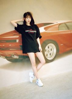 180506 IU for Dazed X New Balance Korea Interview. Iu Short Hair, Iu Hair, Short Hair Styles, Iu Fashion, Korean Fashion, Fashion Outfits, Kpop Outfits, Korean Outfits, Suzy