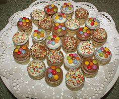 Kleine Kuchen im Waffelbecher (Rezept mit Bild) von Minerva   Chefkoch.de Cake & Co, No Bake Desserts, Mini Cupcakes, Biscotti, Muffin, Pasta, Baking, Sweet, Recipes