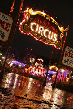 Escaping to the Circus | Magic Kingdom