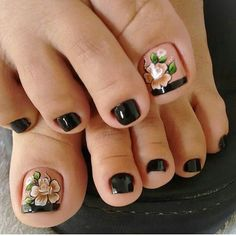 Pedicure Nail Art, Pedicure Designs, Toe Nail Art, Pretty Toe Nails, Cute Toe Nails, Pretty Pedicures, Bright Summer Nails, Feet Nails, Toenails